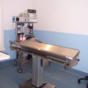 V TOP ELECTRIC LIFT OPERATING TABLE 2