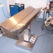 V TOP ELECTRIC LIFT OPERATING TABLE 3